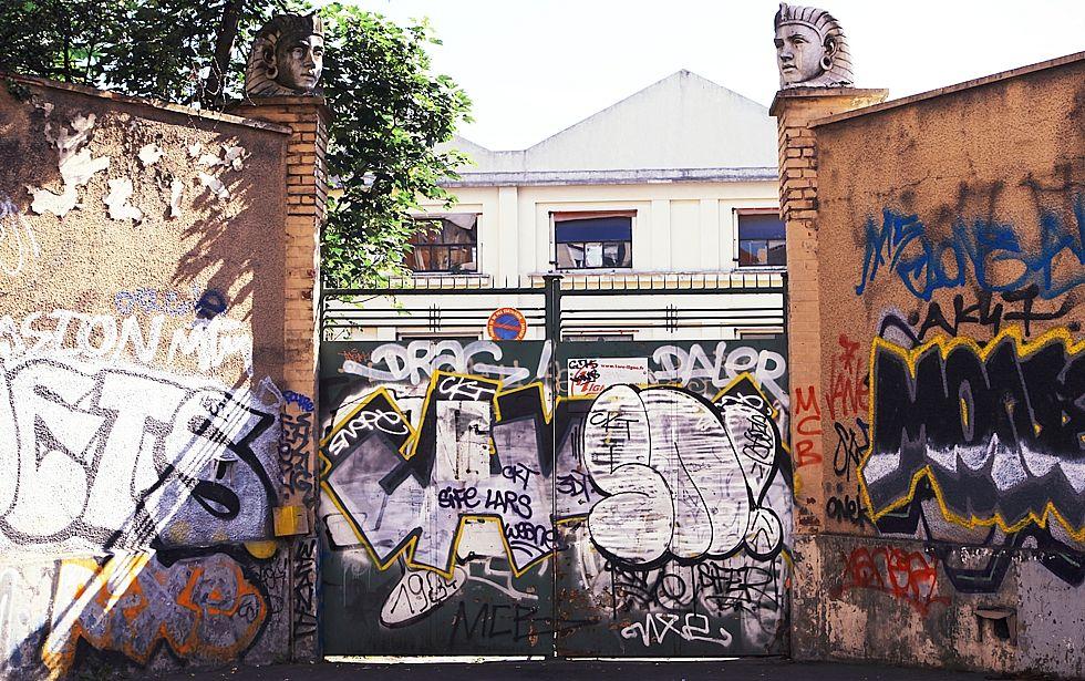 Habitat se fait  'vintage' aux Puces de Saint-Ouen
