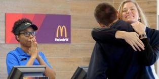 Aux Etats-Unis, acheter un hamburger chez McDonald's ce n'est rien que de l'amour