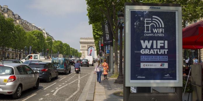 JCDecaux connecte les Champs-Elysées au Wi-Fi gratuit