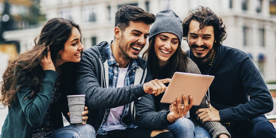 Comment taper dans le millennial ?