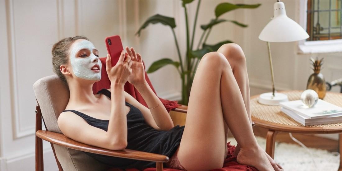 Clarins augmente ses ventes hebdomadaires jusqu'à 42% grâce aux réseaux sociaux