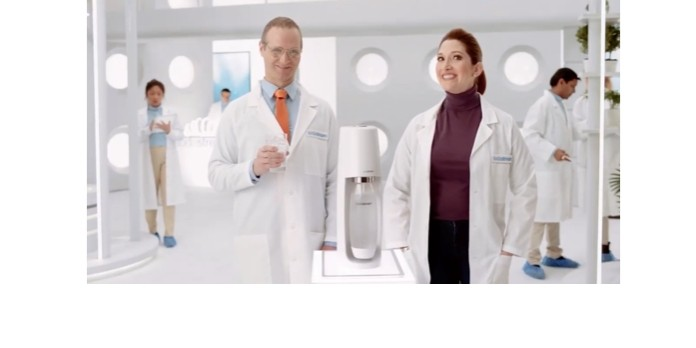 SodaStream mise sur l'humour avec sa campagne ' Liker c'est bien, agir c'est mieux '