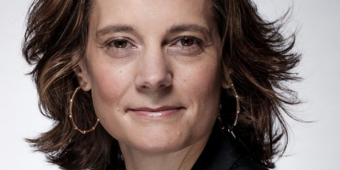 Coralie Savin rejoint Lazard Frères comme directrice de la communication